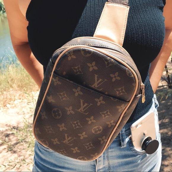 a36f06e79784 Handbags - LOUIS VUITTON MONOGRAM CANVAS POCHETTE GANGE